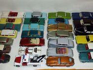 Alte Dinky Toys ( und zwei Corgo Rover!) Meist sehr gut erhalten ORIGINALE! - Berlin