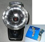 Agfa Blitz 9 V mit Reflektor und Birnen