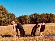 Paar - Yoga in Nürnberg-Neunhof
