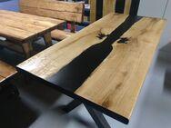Epoxid Tischplatte aus Eiche 190 x 85 x 5 cm massiv Holz rustikal - Wadern