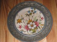 Zinnteller, Motiv Blumen, Durchmesser 23 cm, Ausstellungsstück - Sehnde