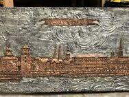 Düsseldorf Stadtansicht Kupfer-Relief auf Metall 12 kg, 119 x 39.5 cm - Düsseldorf