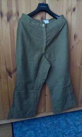 Hosenanzug Gr. 40, Grün, hellgrün abgesetzt mit Bluse