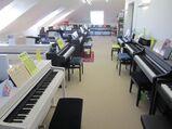 Miet-Kauf für Digital-Pianos, neue u. gebrauchte Klaviere mtl. ab: