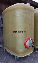 P123 gebrauchter 3.000 L Polyestertank Erka-Tank GFK-Lagertank Wassertank Regenauffangtank Zisterne Regenwasser Lagerbehälter Futtermitteltank Molketank