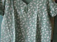 T-Shirt kurzarm mit Schmetterlingen (Gr. 52) Jade - Weichs