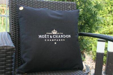 1x schw. Moet Outdoor Ice Imperial Kissenbezug Kissen Champagner Bar Bistro Cushion Pillow - Nienburg (Weser)