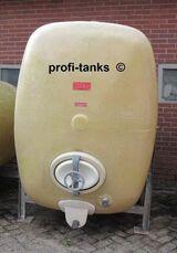 Wassertank 3.000 L Polyestertank Molketank GFK-Tank Lagertank AHL/ ASL-Tank