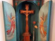 Eck Altar Barock Kruzifix Kreuz Engel Heilige Antik Haus Kapelle Bayern Alpen Seraphim