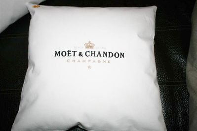 1x Moet Moët Chandon Ice Imperial Kissenbezug Kissen Champagner Bar Bistro Cushion Pillow Lounge - Nienburg (Weser)