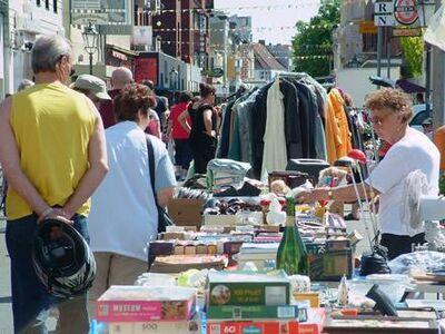 Kram- und Trödelmarkt Wilhelmshaven Marktstraße West August - Weener