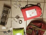 Modeschmuck, Handtaschen, Gildeclowns, Handys, Gartengeräte - Titz