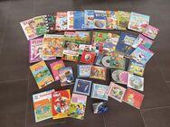 45.verschiedene Kinderbücher/Hefte/CD's usw. Schlümpfe/Hello Kitty/Hanni & Nanni/Das Dschungelbuch/Biene Maja usw. Unisex - Köln