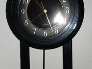Verkaufe analoge Wand-Pendel-Uhr