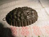 Antike Pastetenform, alte Backform / Motiv ERBSEN / ca.1920 / Rarität Sammler