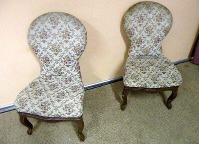 Zwei Spätbiedermeier Stühle / Holzstühle - Rückenlehne und Sitz gepolstert - Zeuthen