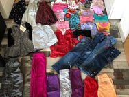 Kinder Kleidung Größe 104 - Königsbach-Stein