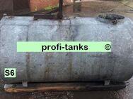 S6 gebrauchter 1.500 Liter Stahltank doppelwandig auf Holzkufen Lagertank Dieseltank Heizöltank Wassertank Löschwassertank Lagerbehälter