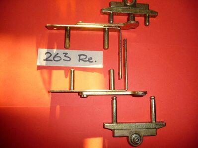 MACO-Drehlager für 3-tlg.Holzfenster, mit Flügelband, unten und oben, gelb chrom.(neu) - Ritterhude