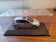 VW Golf 5 1-43 - Essen