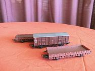 3 LILIPUT rotbraune Güterwagen - Waggons / Modelleisenbahn Spur H0 / Sammler - Zeuthen