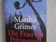 Die Frau im Pelzmantel - Ennepetal (Stadt der Kluterhöhle)