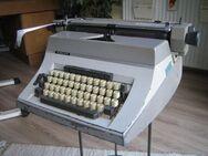 Alte Schreibmaschine Adler Universal 200, mechanisch - Höchstadt (Aisch)
