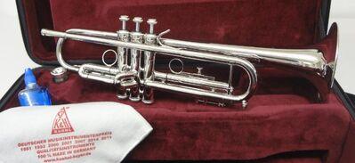 Kühnl & Hoyer Sella Palladium Trompete in B mit Leichtkoffer. Neuware - Hagenburg