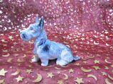 Antike Porzellan Figur Fox - Terrier, Hund / alte Tier Dekofigur, Höhe ca. 9cm