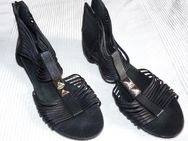 Verkaufe Damen-Sandalen