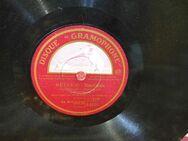 Gramophone Schellackplatte, Jean Sablon / Riverie, Mon village au clair de lune - Zeuthen