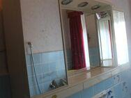 Beleuchtbarer Badezimmer-Spiegelschrank - Bad Belzig