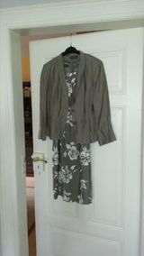 Modisches Kleid Gr. M