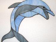 Fensterbild aus Tiffanyglas Delfin - Krefeld
