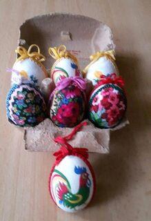 Ostereier mit Motiven + Borte, verschiedene Farben, Deko - Immenhausen