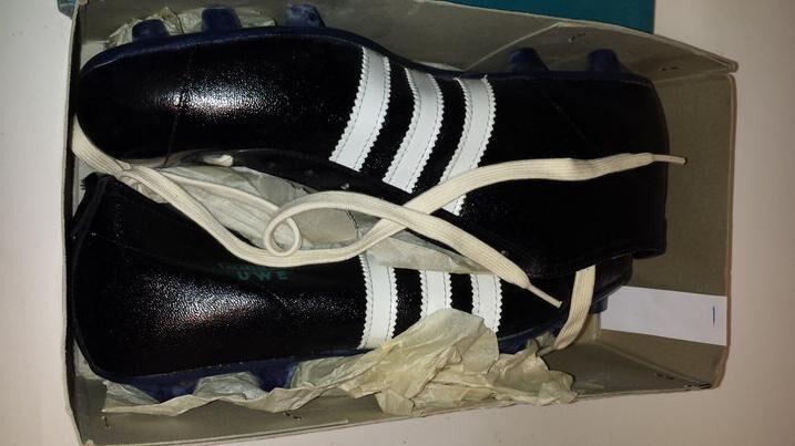 Adidas VINTAGE Fußballschuhe ca. 60er70er Jahre UNBENUTZT OVP!