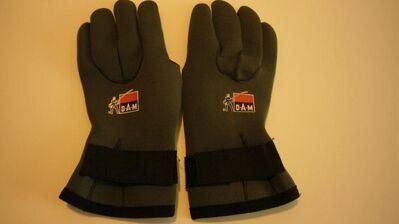 D.A.M. Neopren-Handschuh. NEUE. - Stuttgart