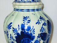 Alte Vase / Deckelvase - nummeriert - handgemalt - Delft Blau - Düsseldorf