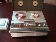 Telefunken Magnetophon 203 mit Mikrofon  und  Band. - Baumholder Zentrum