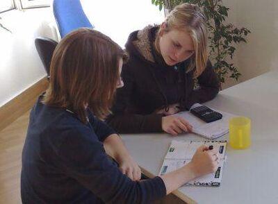 Hochqualifiziertes Team bietet Privatunterricht in Mathematik - Düsseldorf