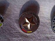 """3 Pins für Sammler WM 4. Stern, Fanta, Me! 1 Pin """"ME!"""" - Stuttgart"""