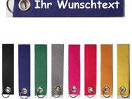 Filz Schlüsselanhänger individuell personalisiert mit Name / Wunschtext / beidseitig bedruckt - Vöhl