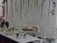 Verleih Hochzeit Hintergrundwand, Gestell, Brauttisch Hintergrund.Form Herz. - Marsberg