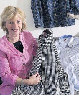 Seniorenhemden mit Klettverschluss. Einfach offnen und schliessen. - München