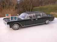 Lincoln Continental X-100 Quick Fix von 1961 Modell 1:24 - Felsberg