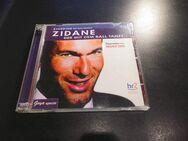 Zinedine Zidane Der mit dem Ball tanzt Doppel-CD Helmut Zierl ISBN 9783833716942 HR 2006 3,- - Flensburg