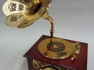 wunderschöne Spieluhr als Grammophon mit Schmuckkästchen und Musik - Reinheim