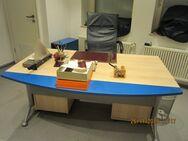Schreibtisch - Stuttgart