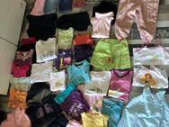 Kinder Kleidung Größe 98 - Königsbach-Stein