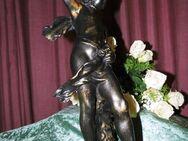 Antike Gipsfigur Jüngling / Alte Knaben Statue Gips / Dekoration bronzefarben - Zeuthen
